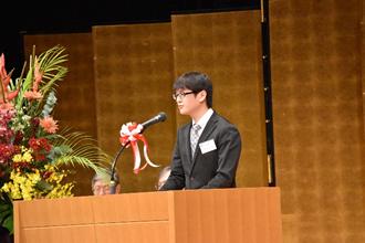 医学部学生 海賀俊征さんによる決意表明